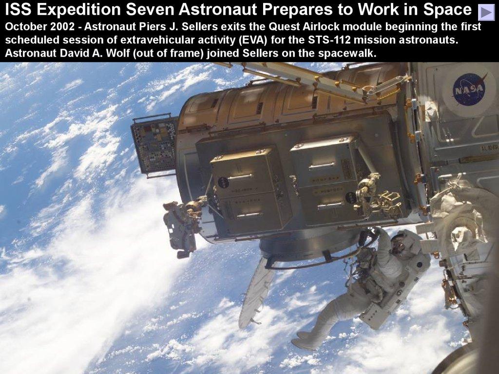astronauts sleeping compartment - photo #35